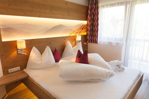 Bilder: top Ferienwohnungen & Erste Klasse Chalet in Mayrhofen
