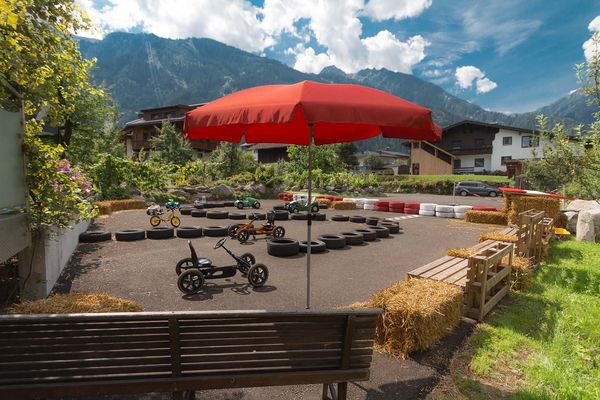 Pictures and impressions of the most central apartments in Mayrhofen